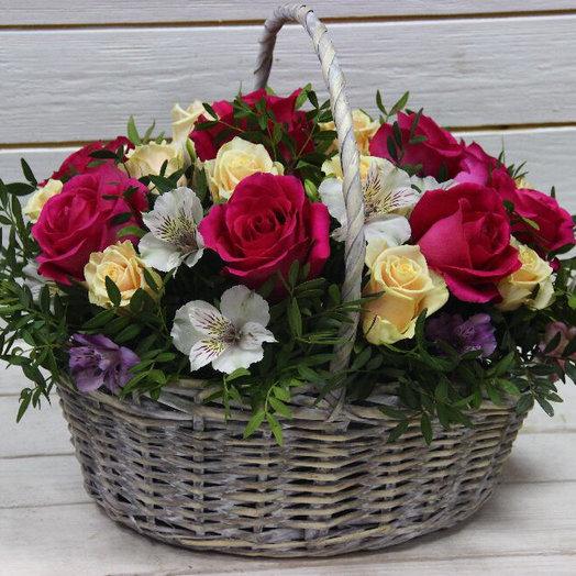 Корзина с цветами : букеты цветов на заказ Flowwow