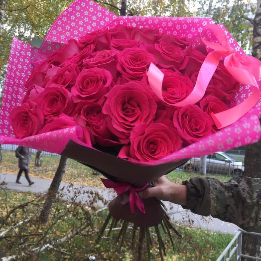 Малиновые мечты: букеты цветов на заказ Flowwow