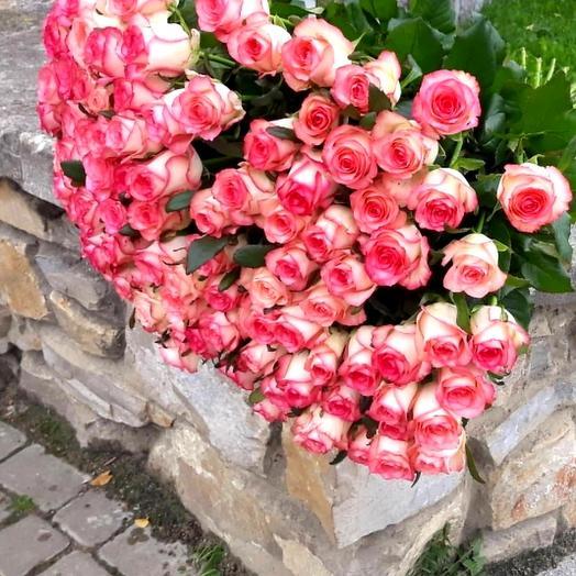 Букет из 101 розы Джумелия