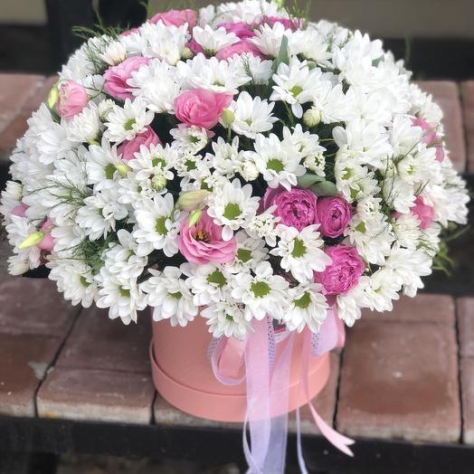 Огромная коробка с Хризантемой и кустовой розой
