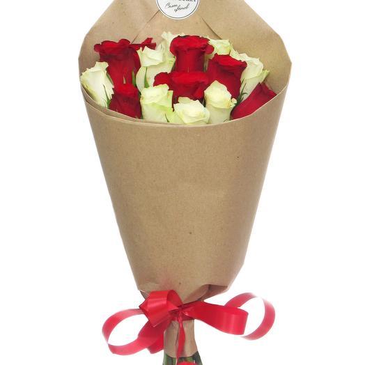 11 роз в крафте: букеты цветов на заказ Flowwow