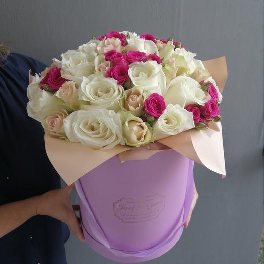 Большая шляпная коробка с розами: букеты цветов на заказ Flowwow