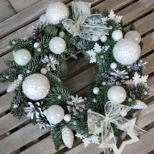 """Рождественский венок """" белое кружево"""": букеты цветов на заказ Flowwow"""