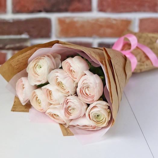 Букет из 11 нежно розовых ранункулюсов. N661