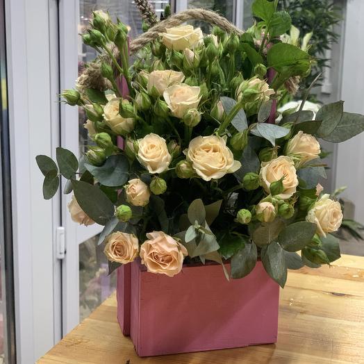 Кустовая Роза в ящике