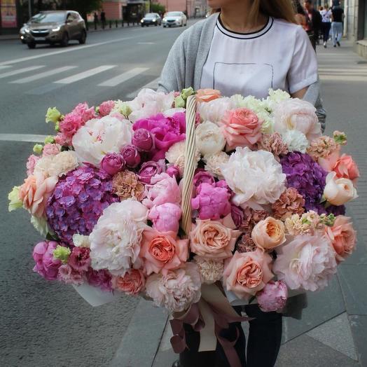 Вип корзина: букеты цветов на заказ Flowwow