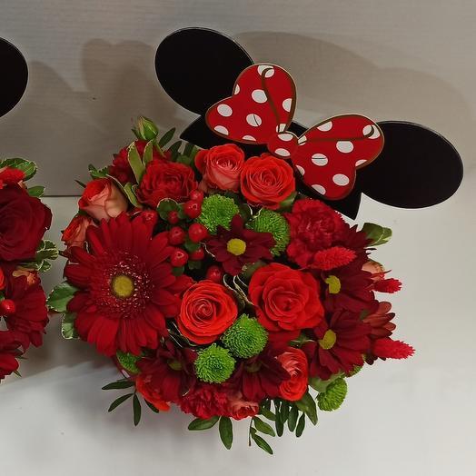 Цветы в коробке с ушками