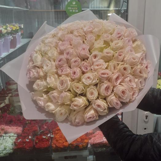 Букет из пионовидных 101 роз от Девида Остина