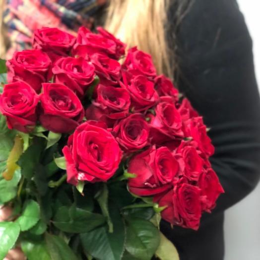 15 крупных роз