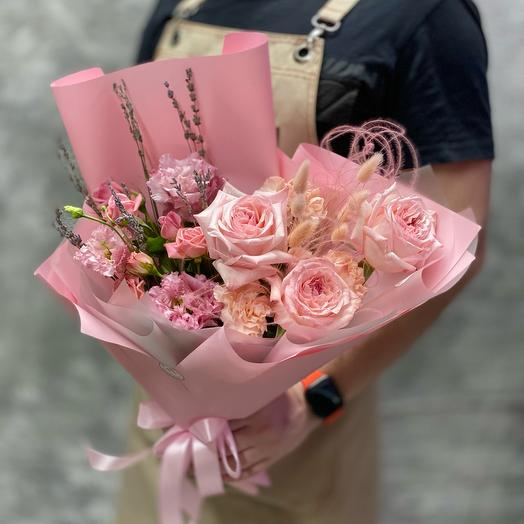 Delicate bouquet of scented Pink o'hara rose and sprigs of lavender