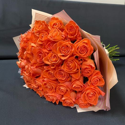39 оранжевых роз