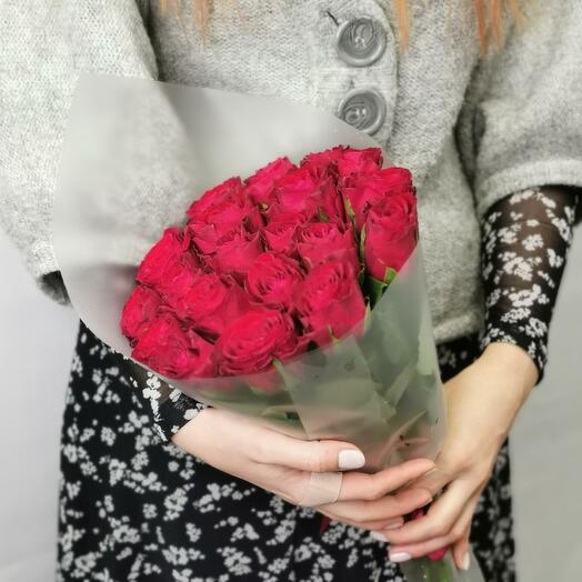 Букет Мальбек 21 из красных роз 40 см
