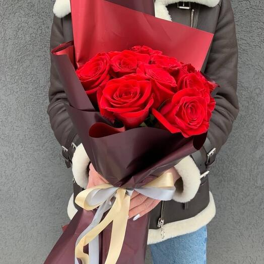 Красные розы 11 шт