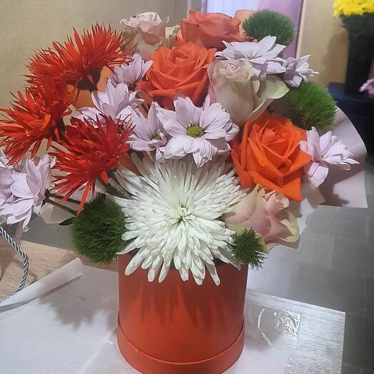 """Цветы в коробке """"Полярнпя звезда"""