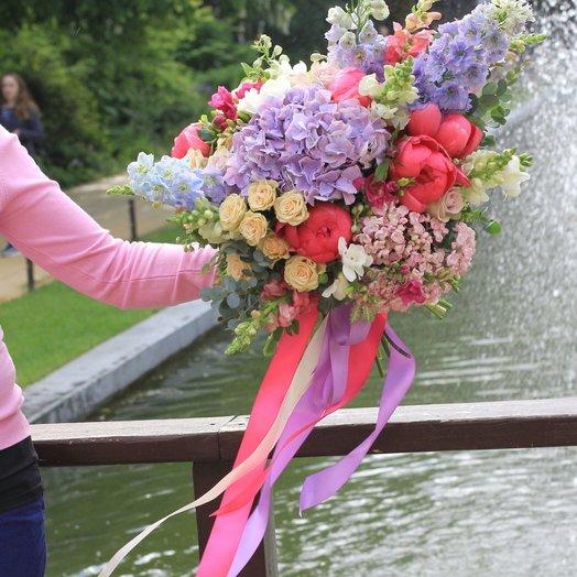 ВВЕРХ!: букеты цветов на заказ Flowwow