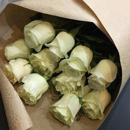 Букет эквадорских роз в крафте