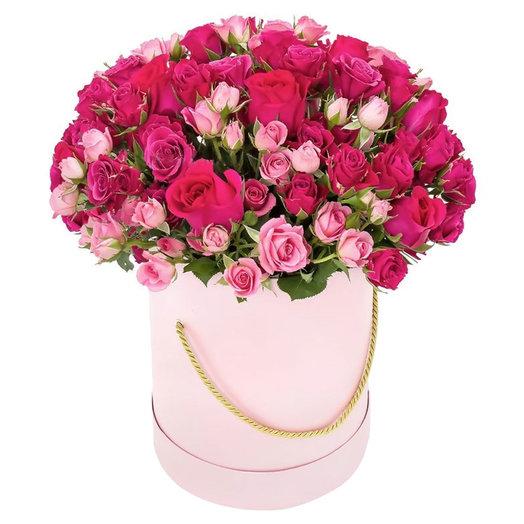 19 Кустовых Роз в коробке