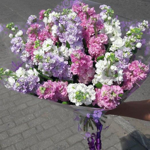 Ароматный букет из матиоллы: букеты цветов на заказ Flowwow