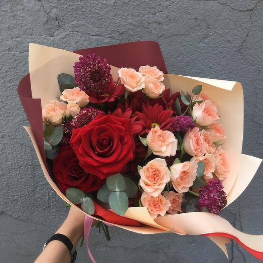 Букет для самой обворожительной: букеты цветов на заказ Flowwow