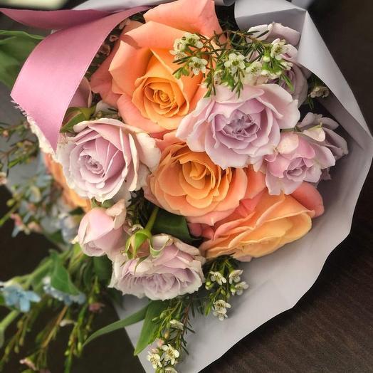 0008: букеты цветов на заказ Flowwow