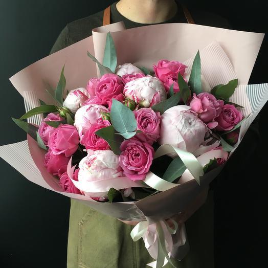 Пионы с кустовыми пионовидными розами: букеты цветов на заказ Flowwow