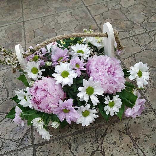"""Ящичек с пионами """"Нежность"""": букеты цветов на заказ Flowwow"""