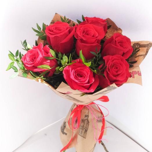 7 Красных роз 60 см, крафт