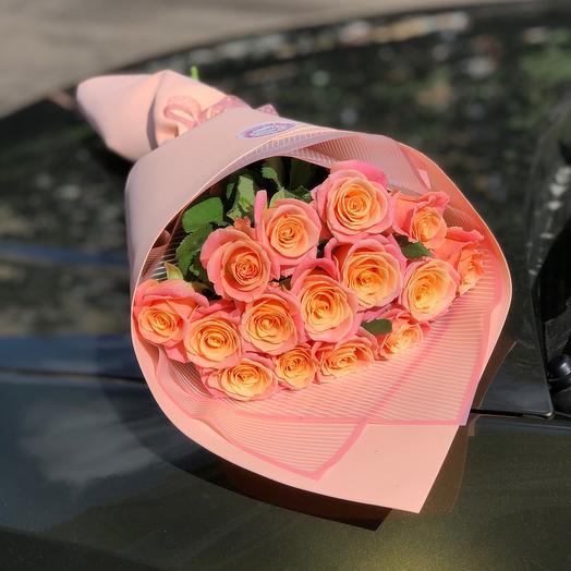 Букет 15 роз мисс Пигги