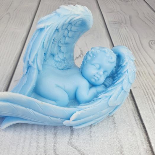 Мыло ручной работы - Малыш в крыльях большой (голубой)