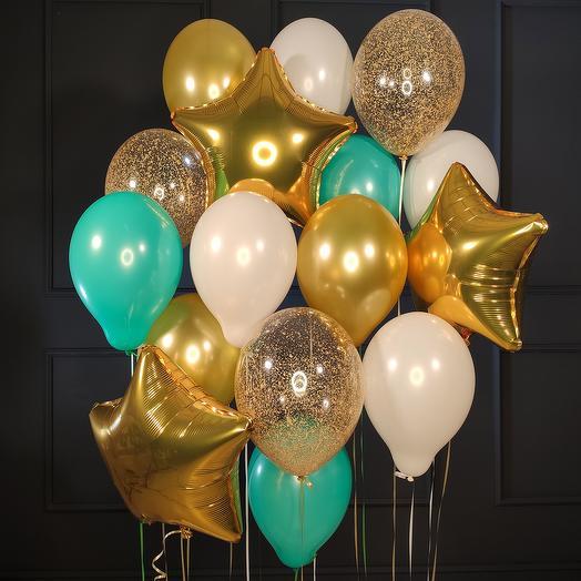 Композиция из бело-мятных и золотых шаров со звездами