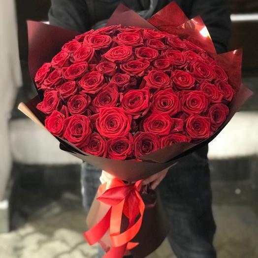 Букет из 51 Алой розы