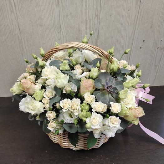 Роскошная корзина цветов