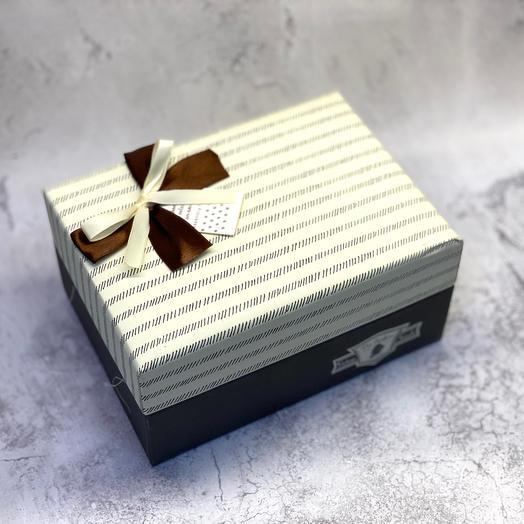 Подарочная коробка с мёдом