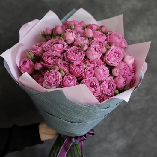 A bouquet of Roses misty Bubbles