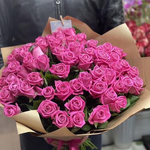 Розовое облако из роз