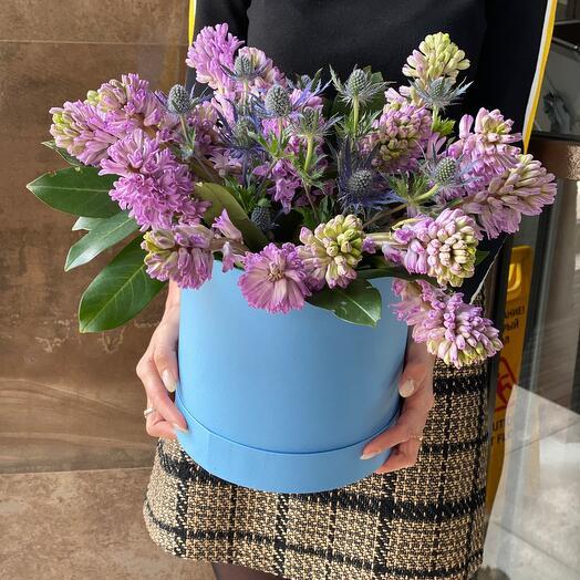 Гиацинты Цветы в коробке