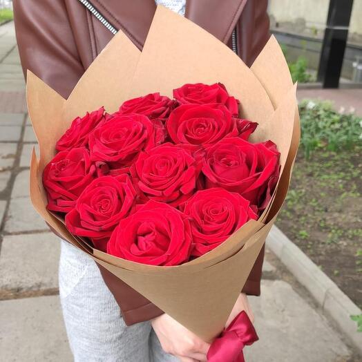 Классика роза в крафте