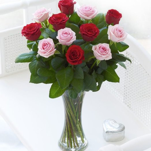 Red and Pink Roses: flowers to order Flowwow