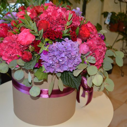 Великолепие красок: букеты цветов на заказ Flowwow