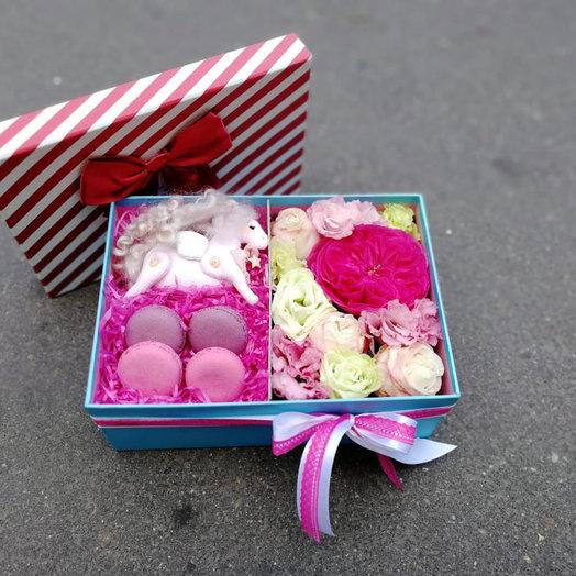Радужные сны: букеты цветов на заказ Flowwow