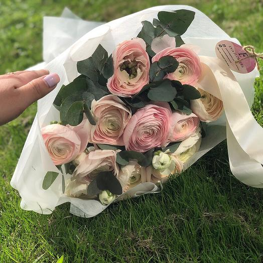 Ранункулюсы люкс: букеты цветов на заказ Flowwow
