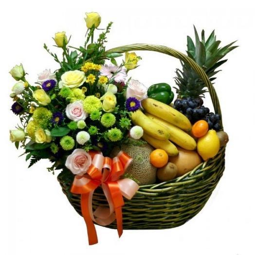Фруктовая корзина: букеты цветов на заказ Flowwow