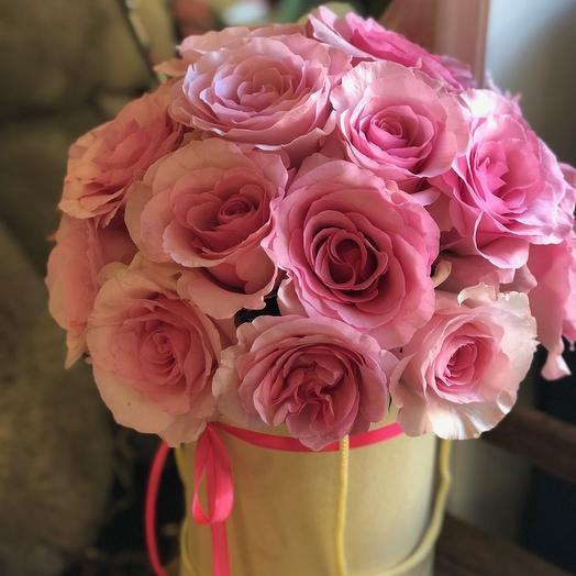 коробка из розовых роз