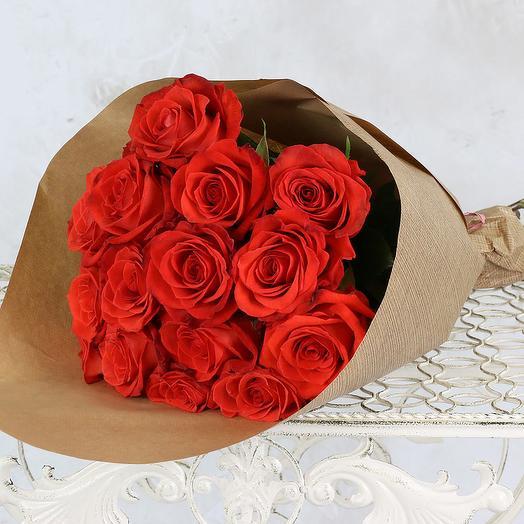 БУКЕТ ИЗ 15 АЛЫХ РОЗ 60 СМ. В КРАФТЕ: букеты цветов на заказ Flowwow