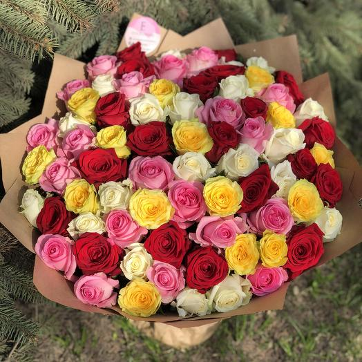 Микс ярких роз: букеты цветов на заказ Flowwow