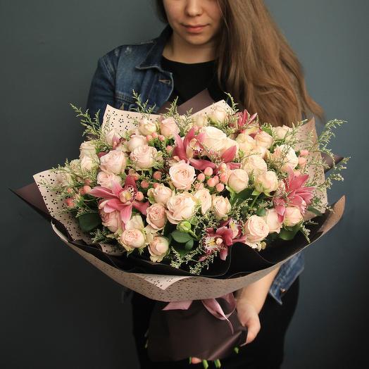 Кружевной: букеты цветов на заказ Flowwow
