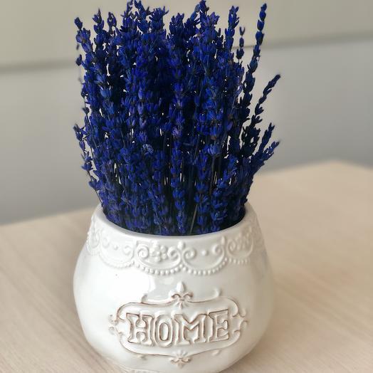 Букет из неувядающей лаванды в кашпо керамическом: букеты цветов на заказ Flowwow