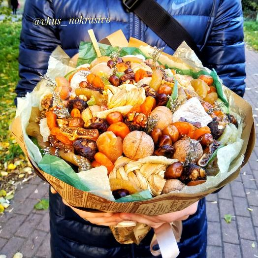 Сухофрукты и орехи: букеты цветов на заказ Flowwow