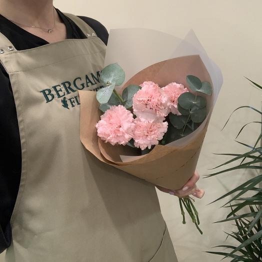Нежный в крафте: букеты цветов на заказ Flowwow