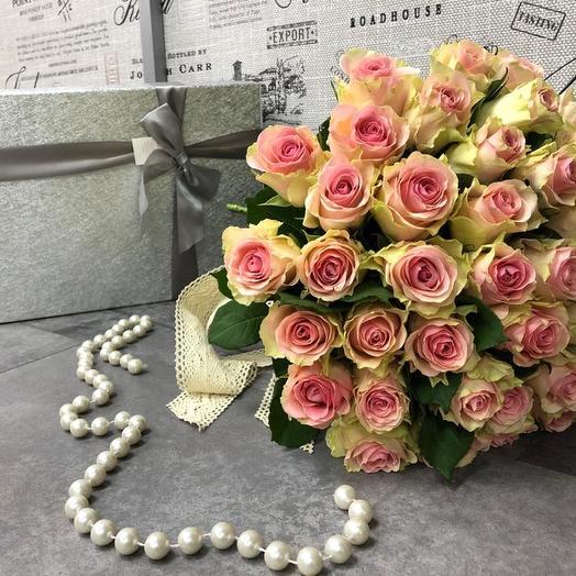 Авторский букет «Венский вальс»: букеты цветов на заказ Flowwow